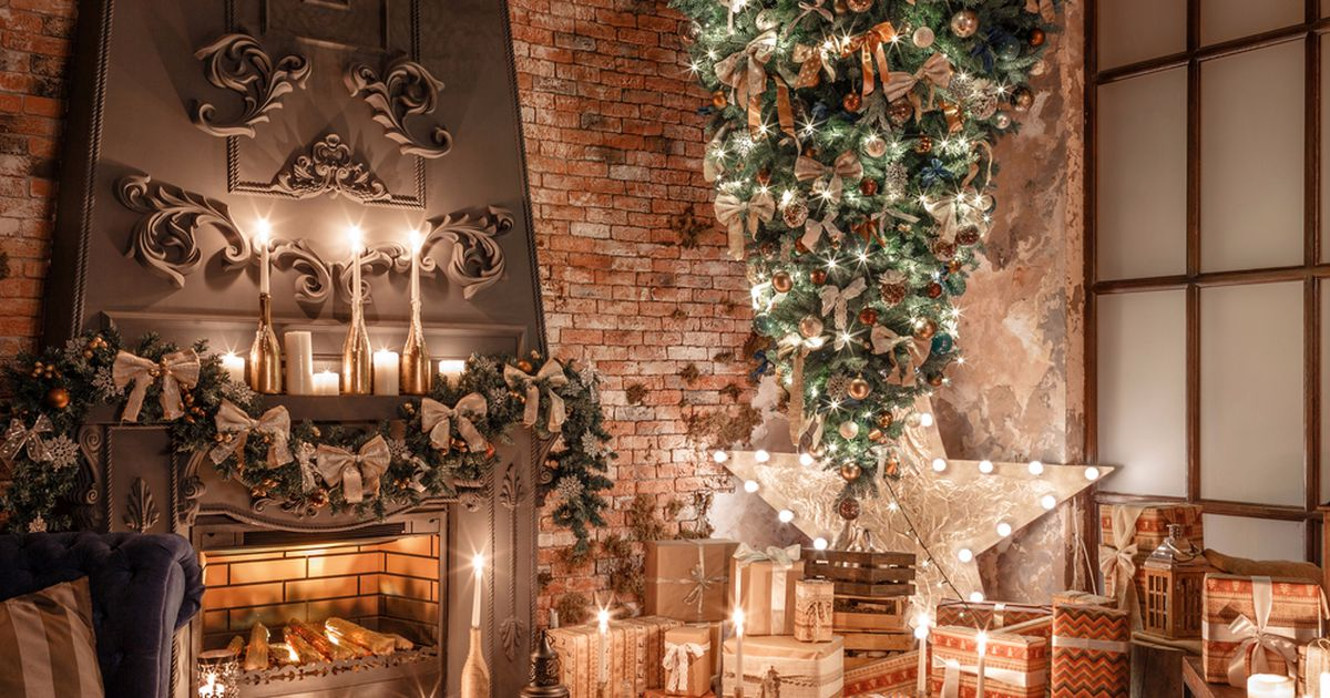 The upside-down Christmas tree trend, explained – ANITH